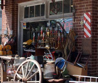 Junk shop close