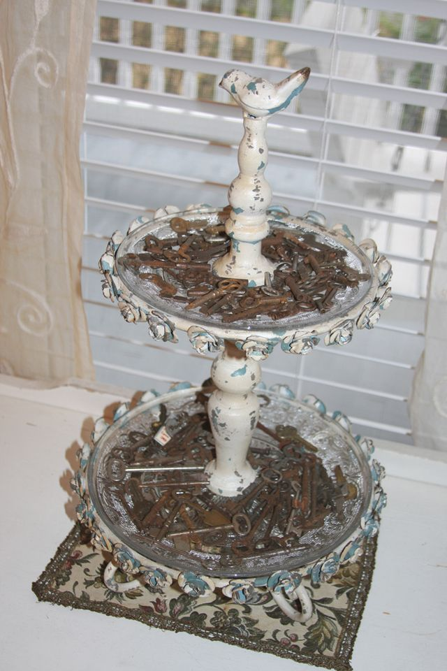 Using a cake stand found at Hobby Lobby to hold keys!